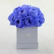 Стабилизированные черничные розы в квадратной коробке 16 шт.