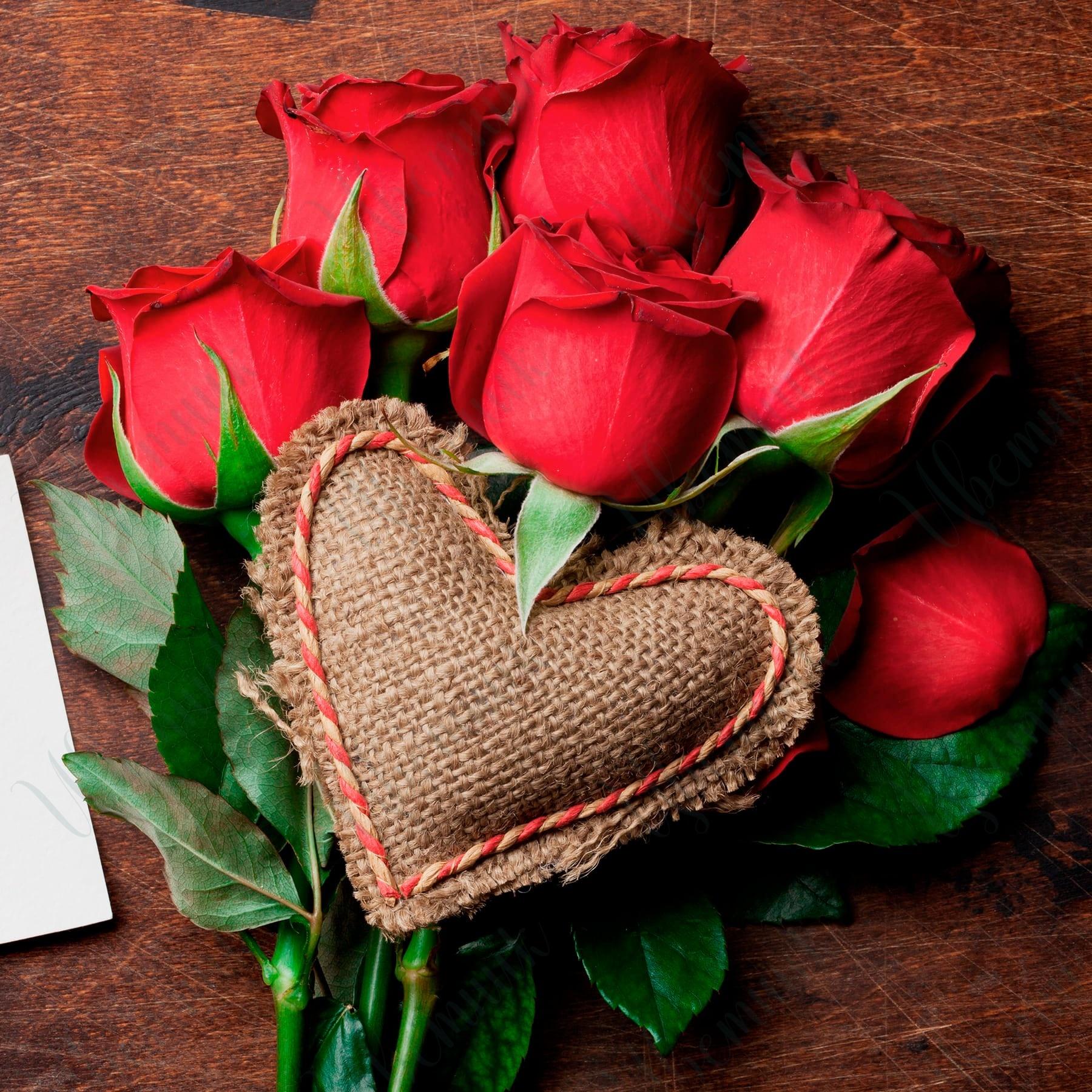 Валентинка из 7 Красных роз
