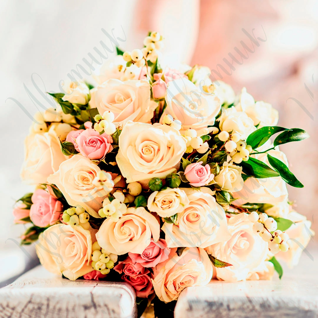 Букет невесты из нежных и ярких розовых роз